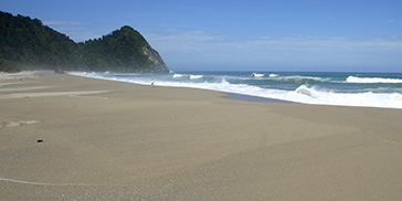 Scotts Beach Karamea